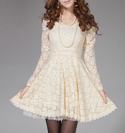 Full Lace Mini Dress – Cream / Fitted Bodice