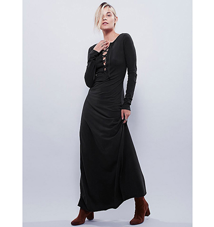 Maxi Dress – Black Color / Long Sleeves / Tie Up Neckline