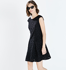 Black Lace Dress – Classic Design / Sleeveless / Wide Neck