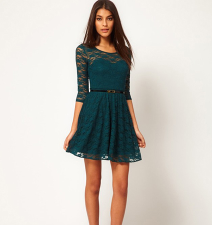 Skater Lace Dress – Black Belted / Crew Neck