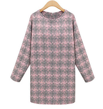Pink Textured Sweater Dress – Houndstooth Print / Long Sleeves