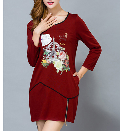 Loose Fitting Casual Dress – Maroon / Graphic Print