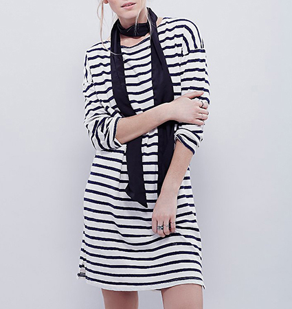 Casual Shift Dress – Horizontal Stripes / Black and White