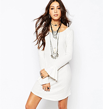 Casual Long Sleeved White Dress – Rounded Neck / Rounded Hemline