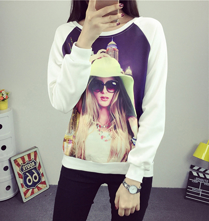Womens Fashion Model Sweatshirt – White / Graphic Logo on Front